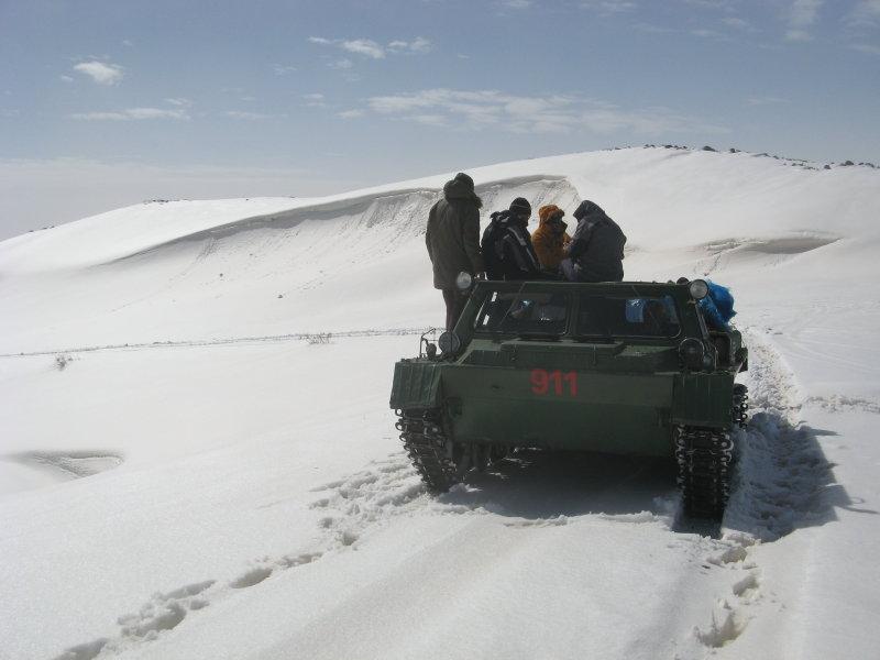 Weg zum Aragats, Armenien, März 2013